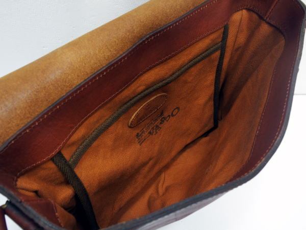 Vasco(ヴァスコ) [Lot.VS-258L LEATHER POST SHOULDER BAG/Camel/ショルダーパック]