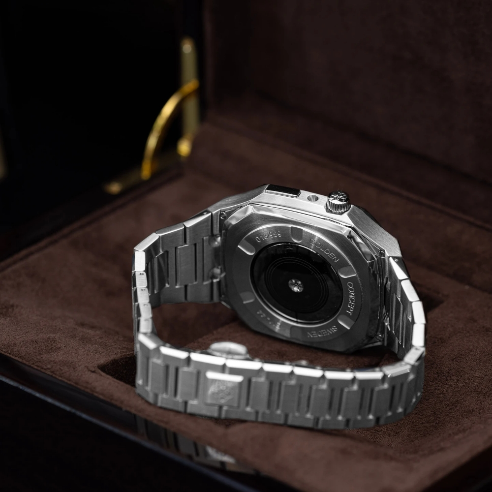 GOLDEN CONCEPT<br>Apple Watch Case-EV40(SILVER)