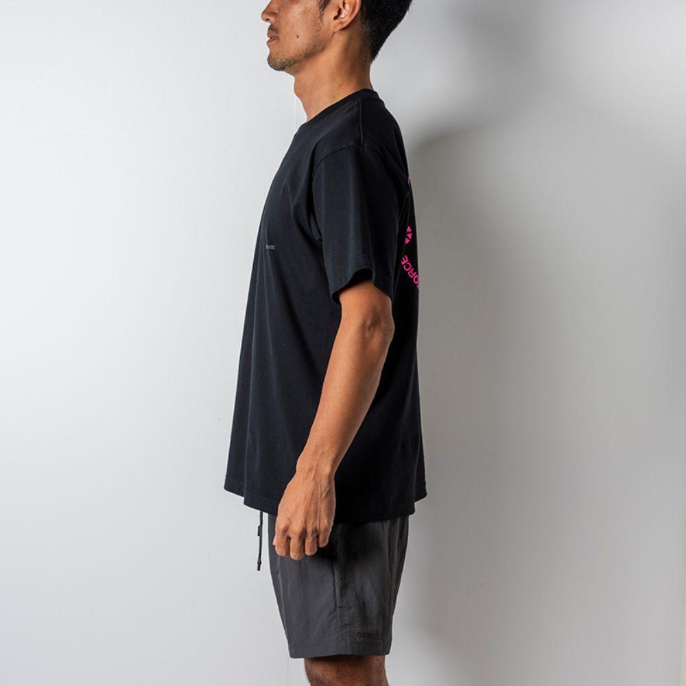 BANDEL Tシャツ Circle-Logo Short Sleeve T BAN-T023 Black x Neon Pink