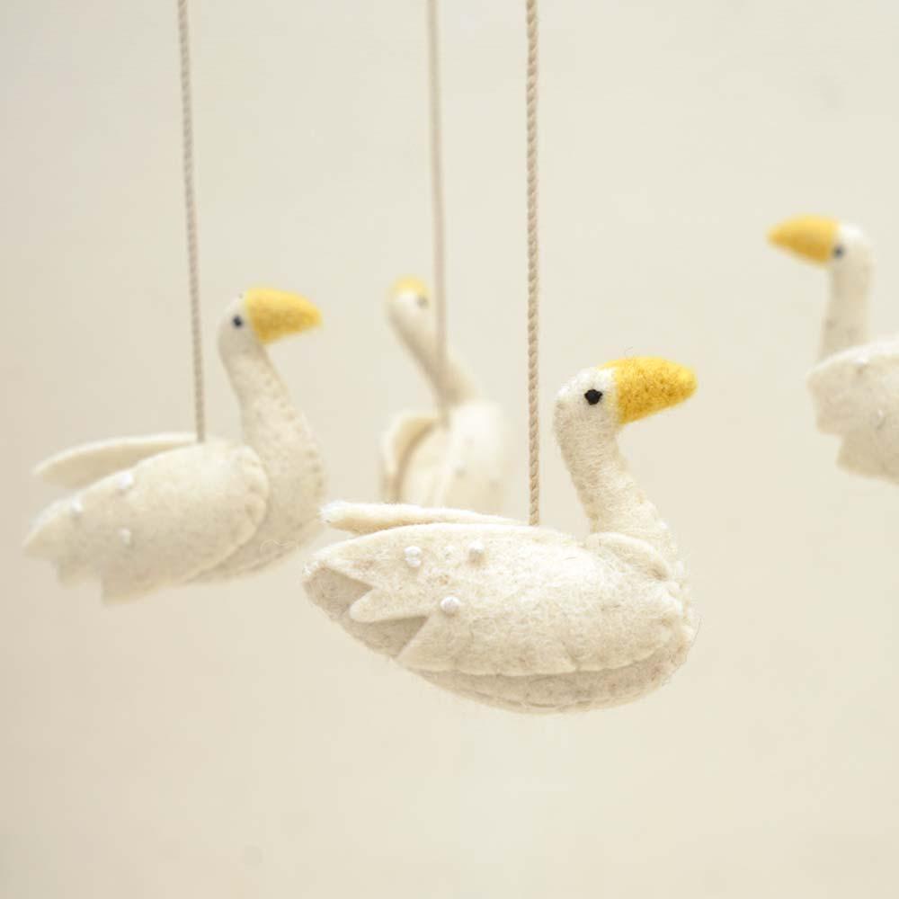 モビール ベッドメリー Swan Lake / Pehr(ペア)