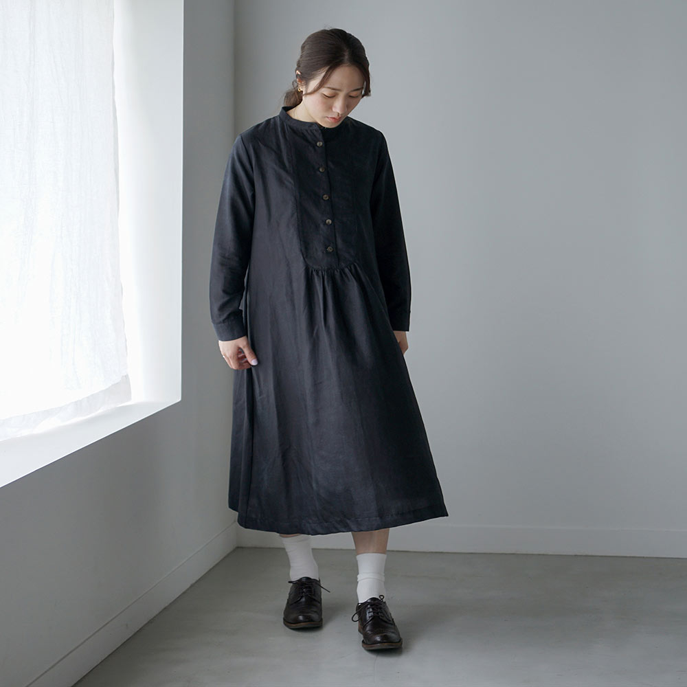 ヨークワンピース コットンシルクブラック F / Hommage de NAOMI ITO