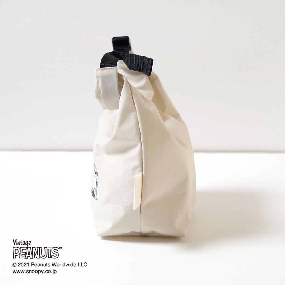 マルチポーチ PEANUTS アイボリー / 10mois(ディモワ)×PEANUTS