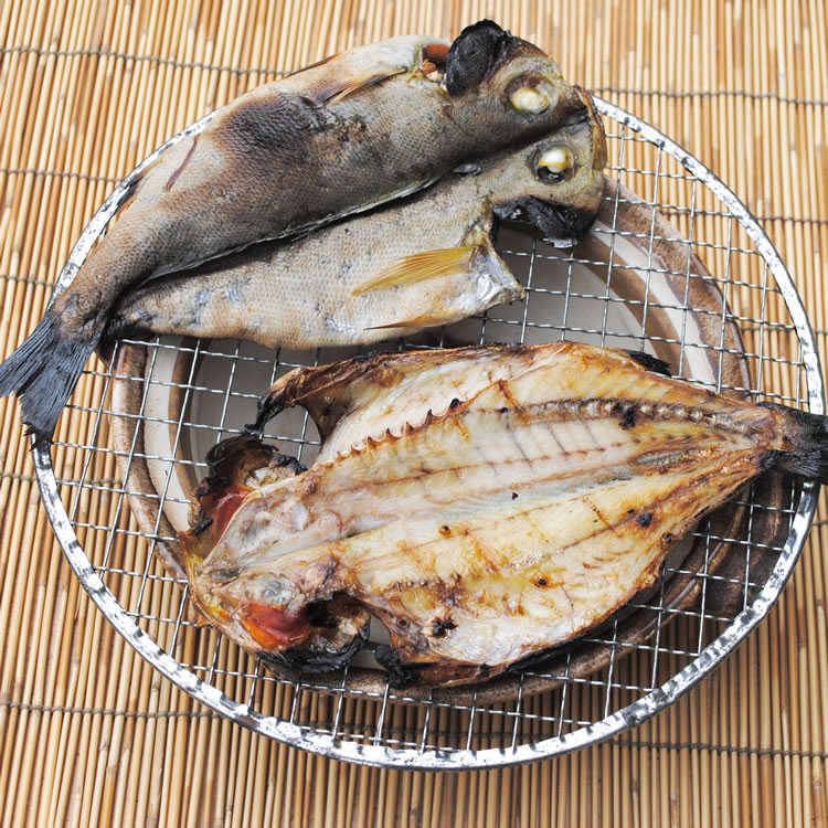 【相模湾産】イサキ干物 1枚--塩焼きが美味いんだから干物はもっと美味いです!
