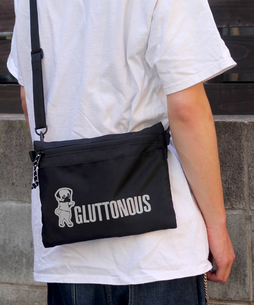 【GLUTTONOUS/グルトン】リフレクターロゴ サコッシュ