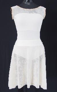 スノーホワイトメッシュフラワープルオンスカート(フロッキー)