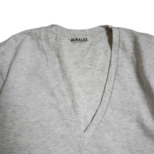 AURALEE/seamless v-neck tee