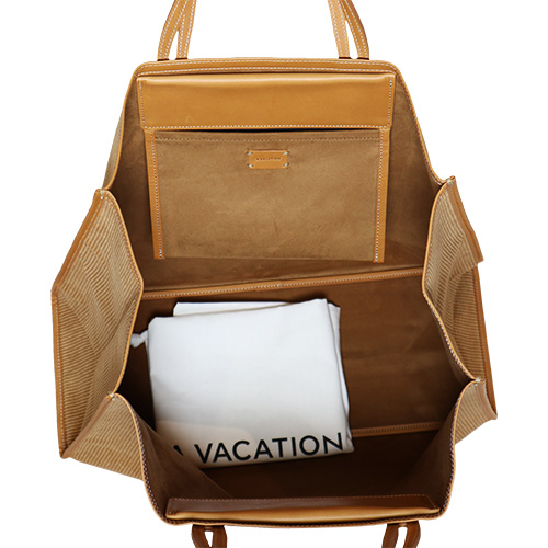 A VACATION/TANK TOTE BAG CORDUROY