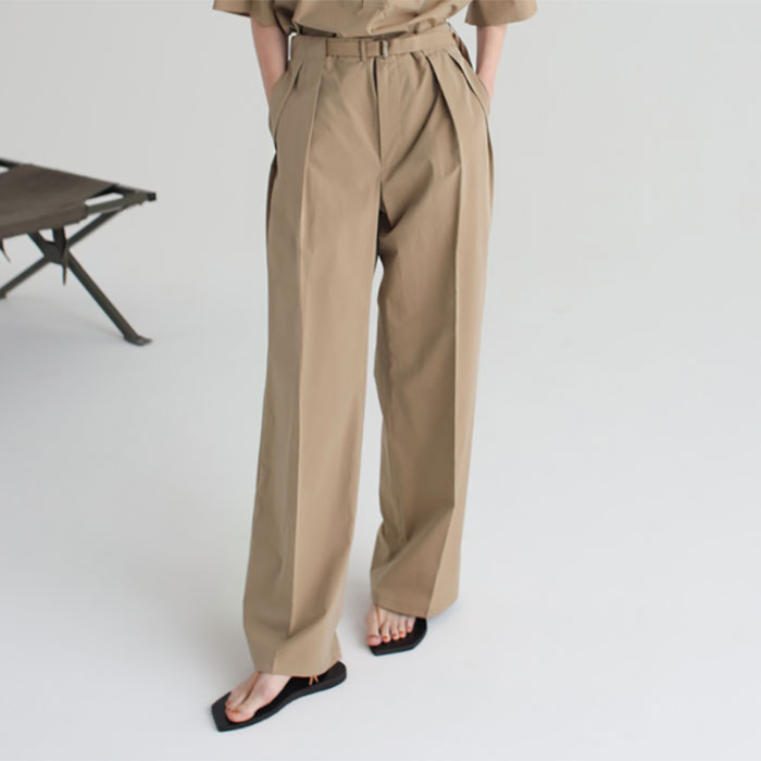 AURALEE/WASHED FINX RIPSTOP CHAMBRAY BELTET PANTS 再入荷
