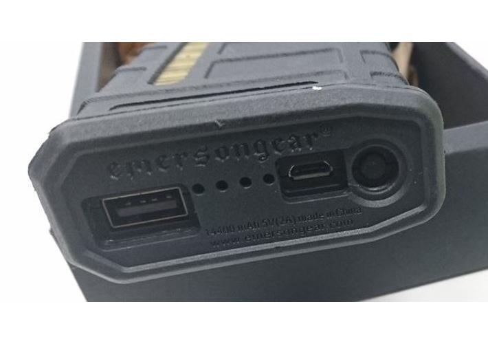 EMERSON WS26203B パワーバンクケース(電池別売)