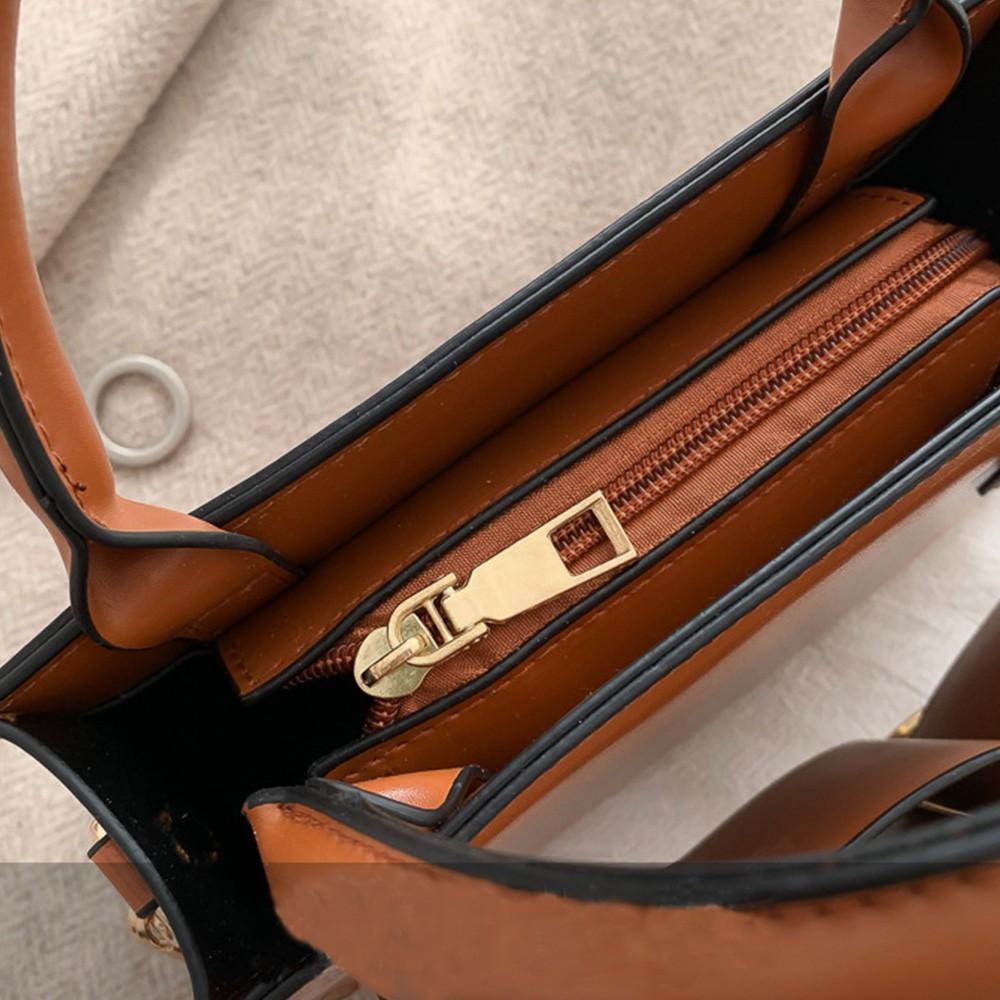 レザーバッグ ショルダーバッグ レディース 斜めがけ 大人 トートバッグ 小さめ ハンドバッグ 黒
