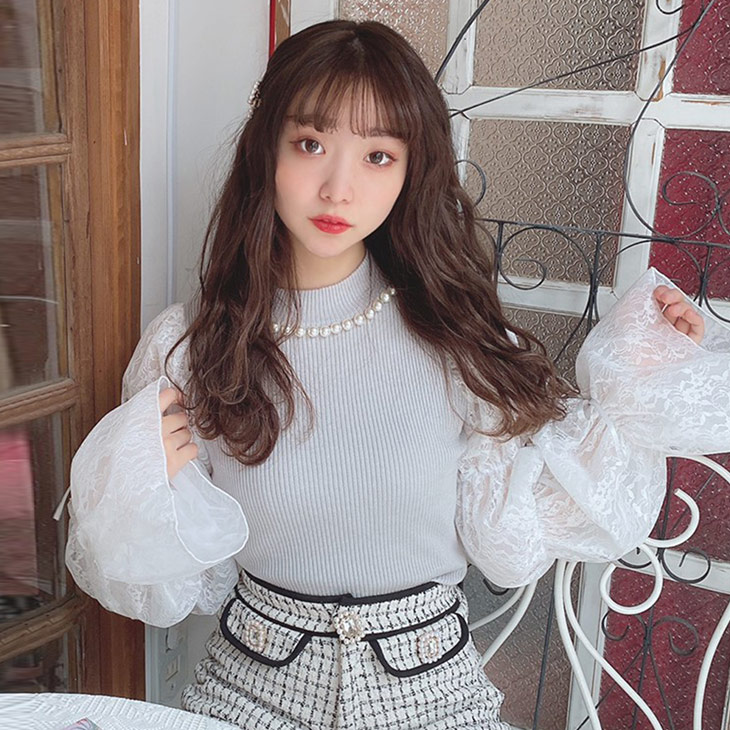 HB lace sleeve knit