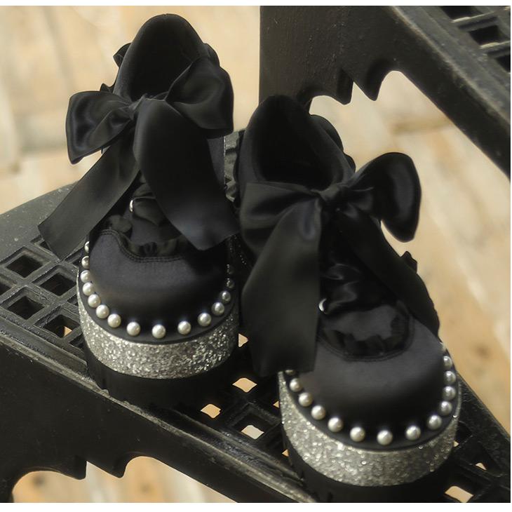 EV pearl satin shoes