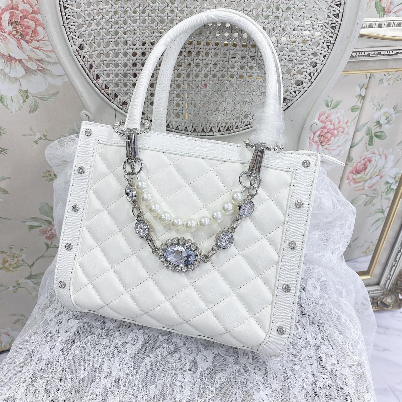 UT bijou chain BAG
