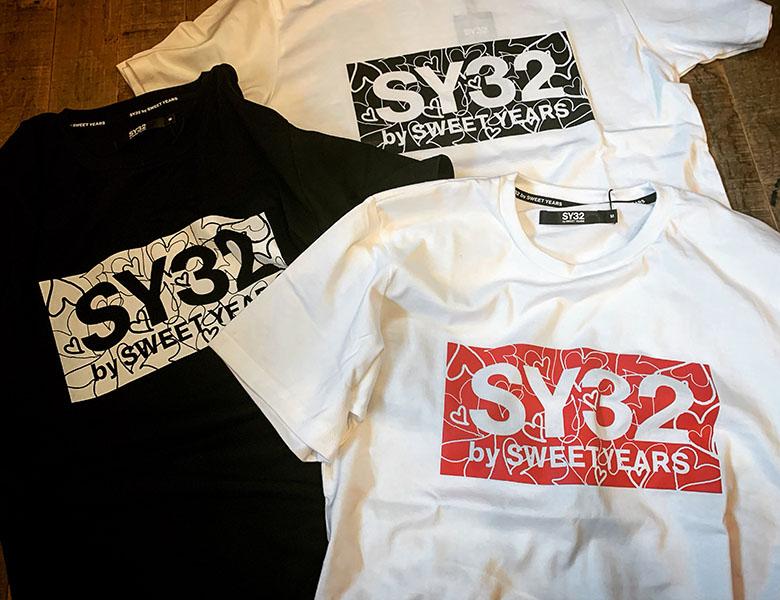 SY32 by SWEET YEARS HEART BOX LOGO TEE ホワイト×レッド [10023J]