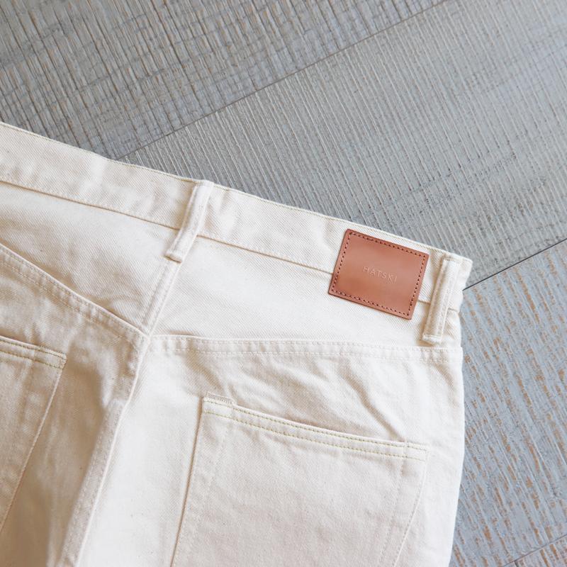 HATSKI Wide Tapered Katsuragi Denim -Ecru HTK-22003-K