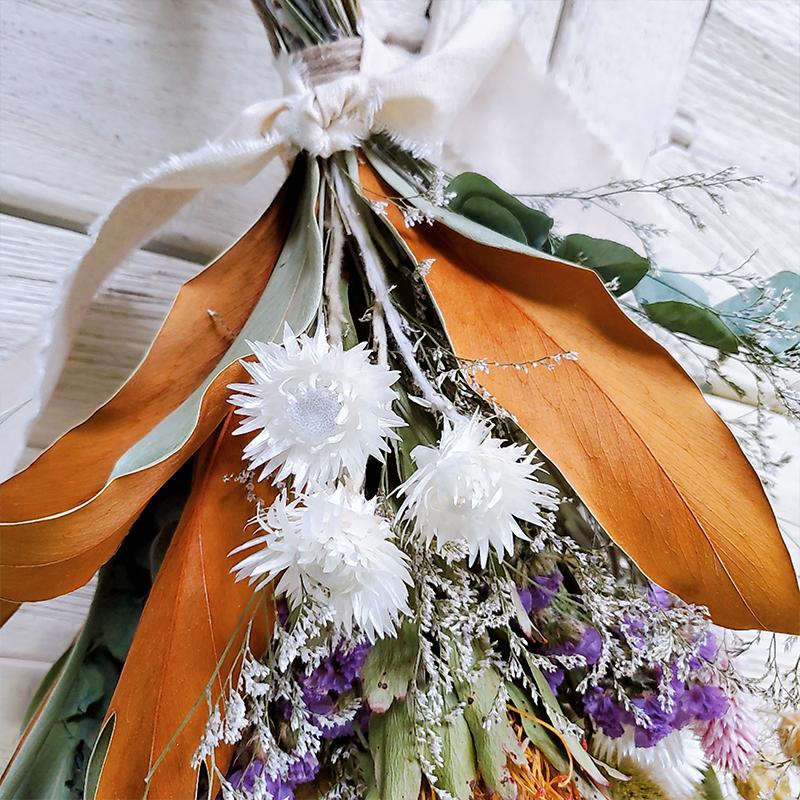 【完成品スワッグ】グレビリア・ピンクッション・スプレーバラ・スターチス