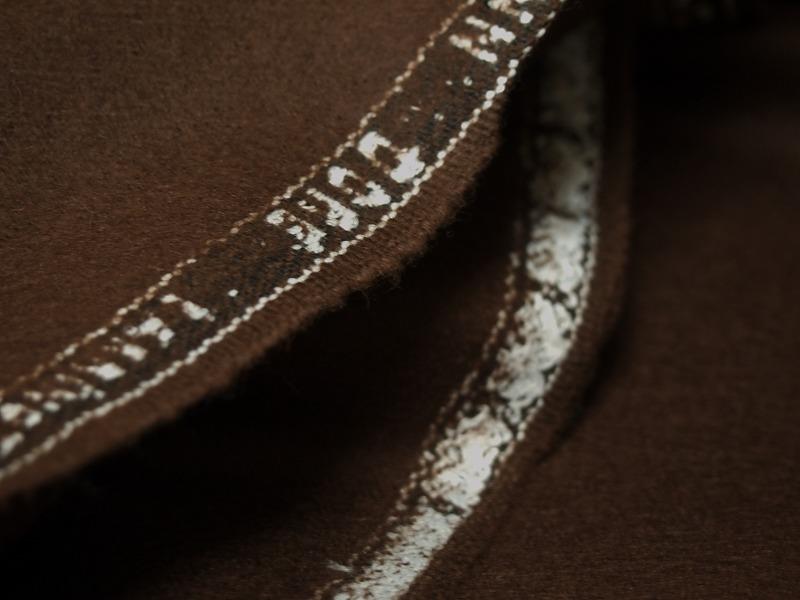 お買得 <strong>【GLENPORT/アルパカウール】</strong><br>スペイン製,輸入生地,<br>チョコ<br>150cm巾2.7m<br>(コート、スーツ分)<br>2111-561<br>【一点在庫あり ご注文はお早めに】