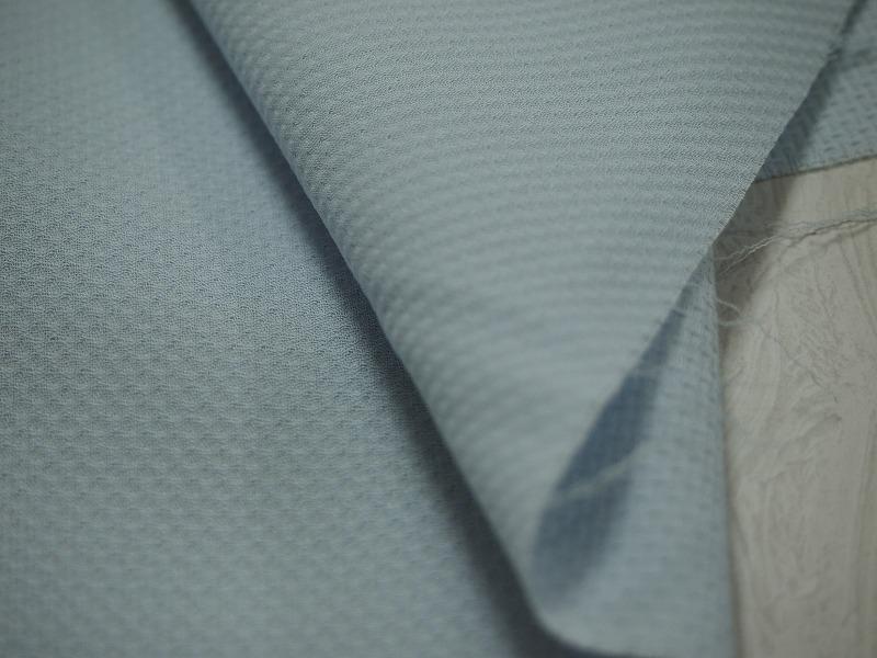 お買得 <strong>【エクセレントコットン/無地】</strong> <br>スイス製 輸入生地 <br>ブルー <br>140cm巾 2.5m <br>コットン100% <br>1411-167 <br> 【一点在庫あり ご注文はお早めに 】