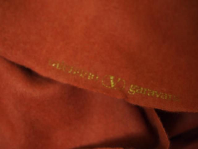 <strong>特選お買得 <strong>【Valentino garavani/バレンチノ  アンゴラウール ジャージ 無地】</strong><br>イタリ—製,輸入生地,<br>レンガ色<br>アンゴラ70% ウール30%<br>150cm巾2.7m<br>(スーツ、コート分)<br>2111-034