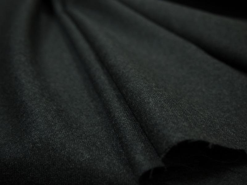 お買得 <strong>【日本毛織 カシミヤラムウール霜降り】</strong><br>日本製生地,<br>チャコールグレー杢<br>カシミヤ15% ラムウール85%<br>150cm巾2.5m(スーツ分)<br>2111-812