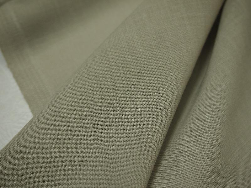 お買得 切売り <strong>【  サマーウール ボイル】</strong><br>日本製,生地,<br>ライトモスグリーン,<br>ウール100%,<br>150cm巾50�単位<br>c1111-811<br>