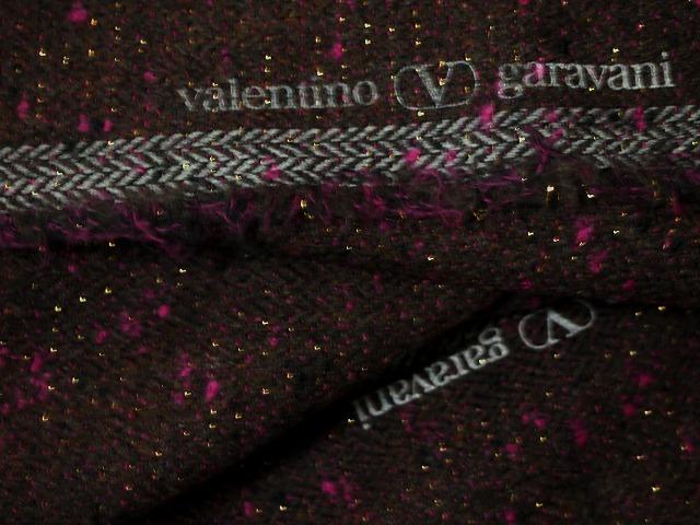 お買得 <strong>【Valentino garavani/バレンチノ ミックス,ツイード,】</strong><br>イタリ—製,輸入生地<br> 焦げ茶ミックス<br> ウール96% ナイロン3% ラメ1%<br> 140cm巾2.7m(スーツ・コート分)<br> 2111-029 <br>【一点在庫あり ご注文は