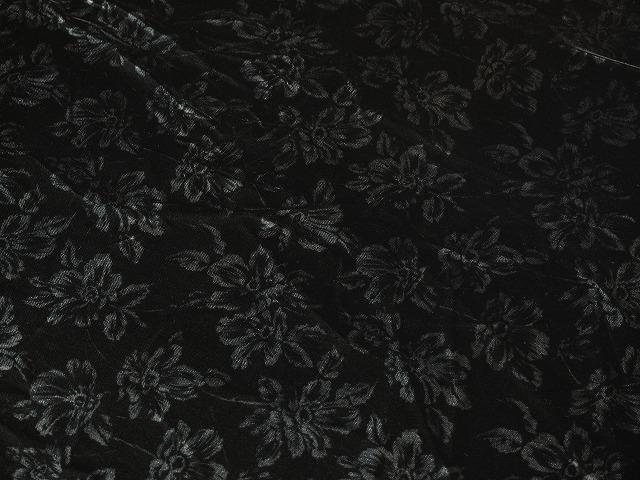 お買得 <strong>【ベルベット/プリント】</strong><br> 日本製生地<br> 黒(ベース色)/プリント系<br> 90cm巾 3.8m <br>2341-668<br> 【一点在庫あり ご注文はお早めに】