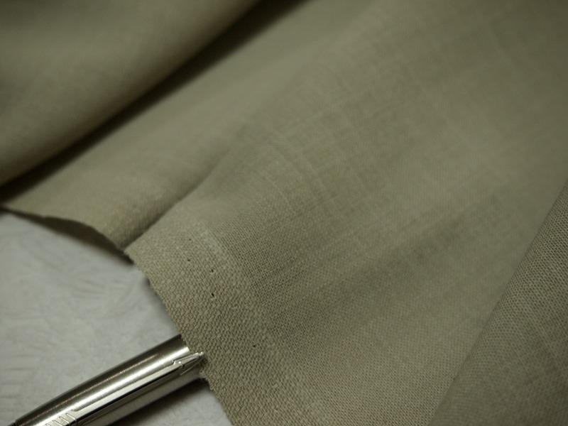 お買得 <strong>【  サマーウール ボイル】</strong><br>日本製,生地,<br>ライトモスグリーン,<br>ウール100%,<br>150cm巾2.5m<br>1111-811<br>