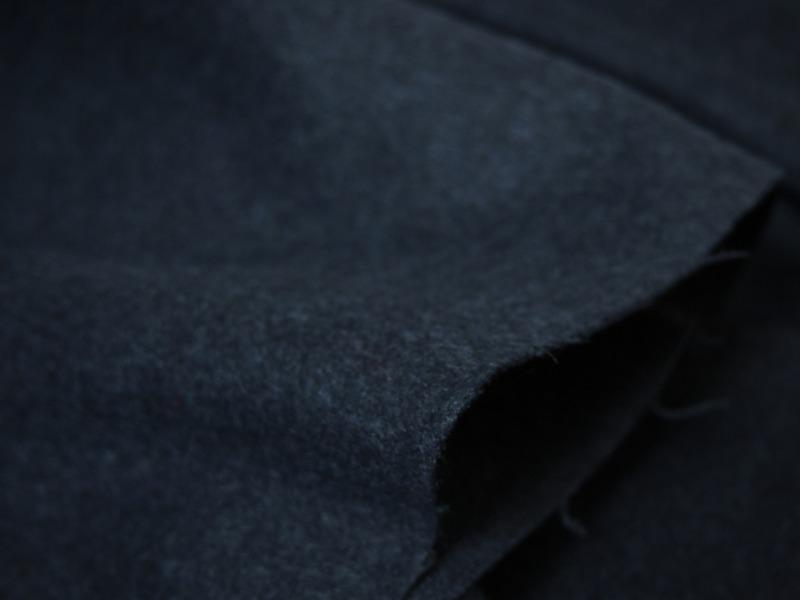 お買得 <strong>【TISSUS MONDE PARIS/ティシュモンド パリ/,カシミヤ,デニム】</strong><br>フランス製,輸入生地,<br>紺の杢<br>カシミヤ15% ウール85%<br>150cm巾2.5m(スーツ分)<br>2111-741<br>【一点在庫あり ご注文はお早めに】