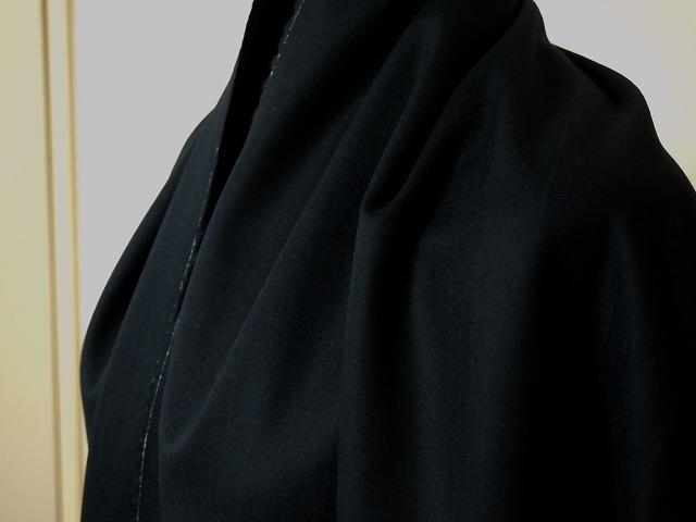 お買得 <strong>【emanuel ungaro/ウンガロ ウール影格子】</strong><br>フランス製,輸入生地<br>濃紺<br>ウール98% エラスティ2%<br>140cm巾2.7m<br>(スーツ分)<br>2111-018<br>【一点在庫あり ご注文はお早めに】