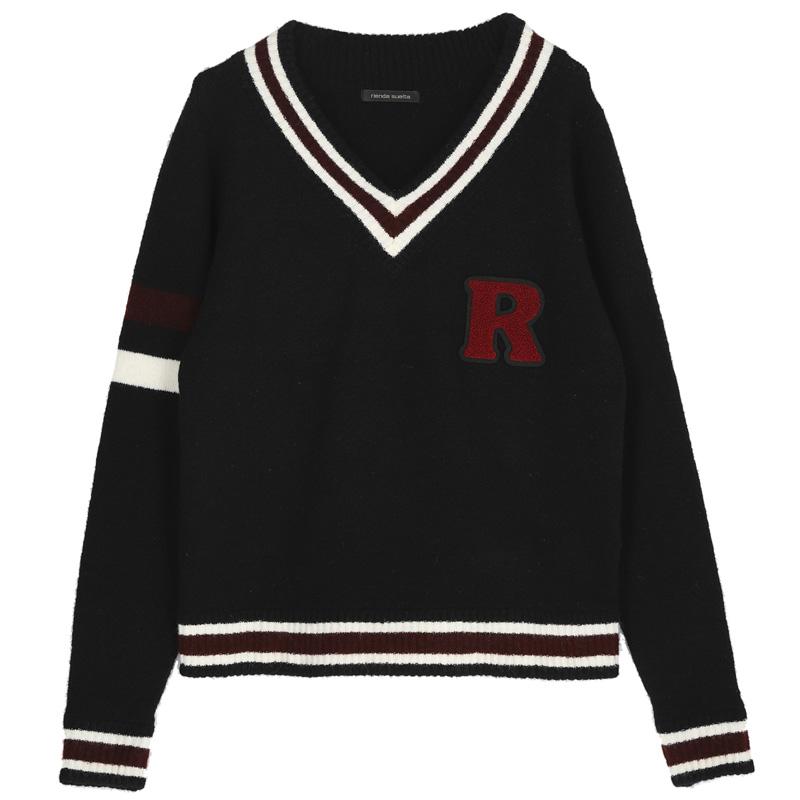 ロゴウールセーター