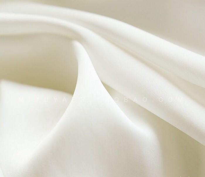 【予約商品】 ブラウス レディース ボートネック 袖パールとめ針 夏ロマンチックブラウス キャンディースリーブ 上質 フェミニンブラウス 長袖 [1色展開]