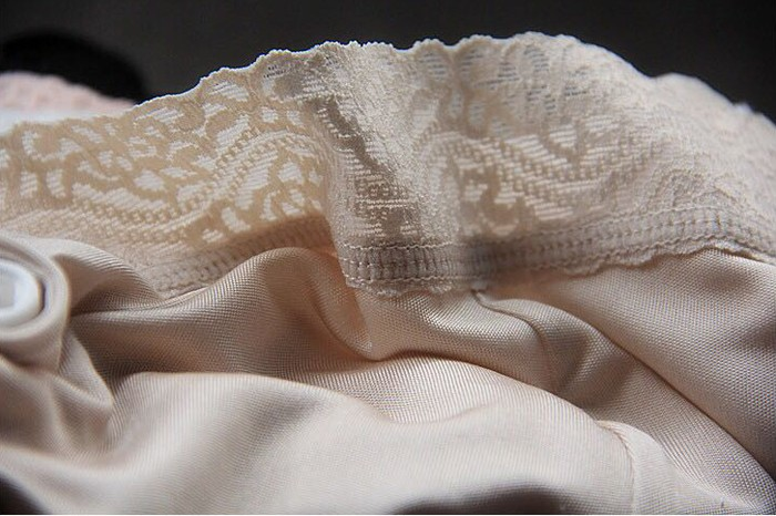【シルク インナー】レディース インナー レディース シルクキュロット ペチコートパンツ 軽い絹100%の シルク パンツ 3分丈 ズボン下着 シルク100% silk inner ladies レディースインナー 絹 肌着 [3色展開]