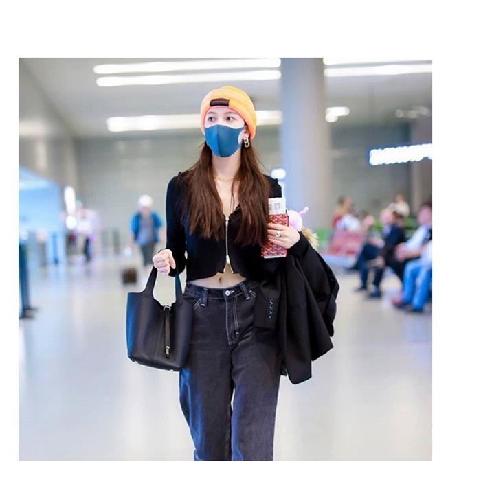 【エレガンススタイル特集】 2020夏新色 キューブバッグ 上質本革 レザーキューブ型バッグ  バッグ高級ロック 南京錠レザーバッグ 本革バッグレディース ハンド[7色展開]