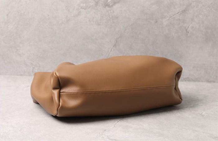 【初夏グッズ特集】ショルダーバッグ 通勤バッグ  軽い 柔らかい  肩掛け トート  レザーバッグ 軽量 牛革  ソフト 革 バッグ レザー 本革  20年新型 [5色展開]