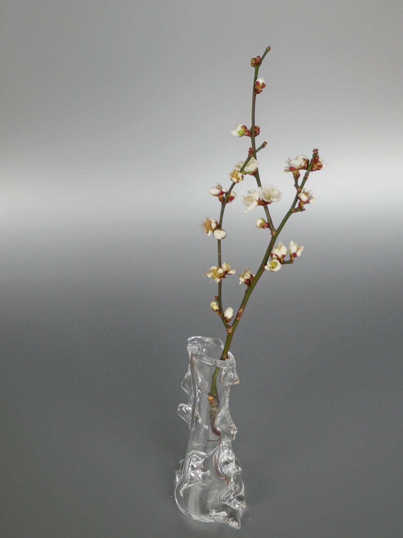 木村俊江/作 ガラス<br> 棘の花器