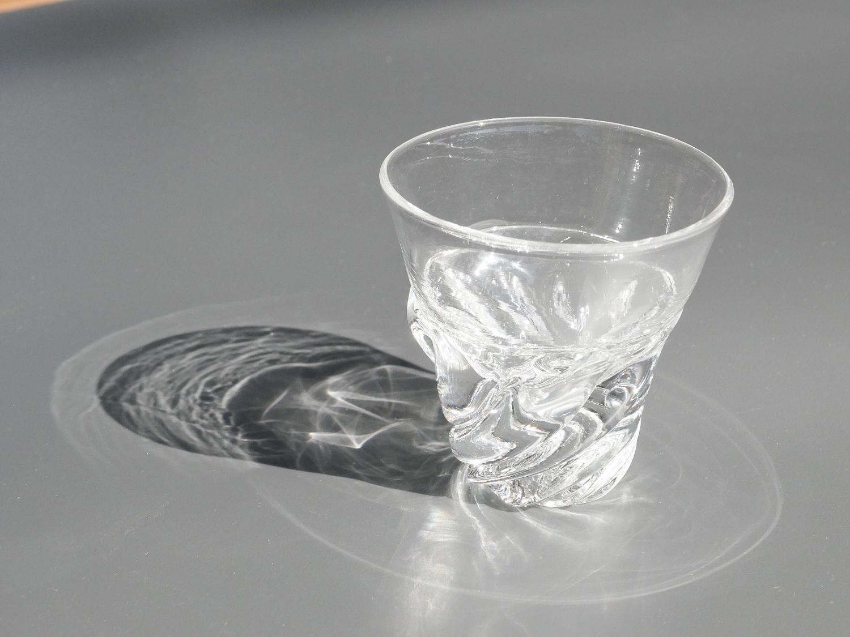 木村俊江/作 ガラス<br> 光の一杯 ショットグラス