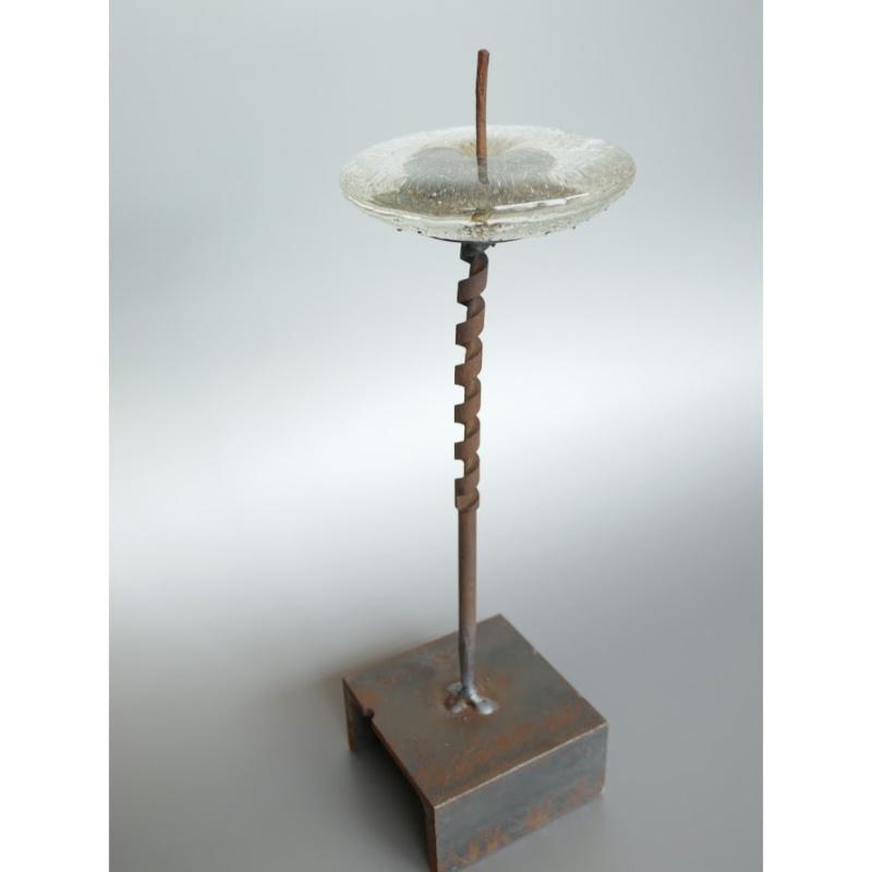 木村俊江/作 「鉄とガラスの蝋燭立1」