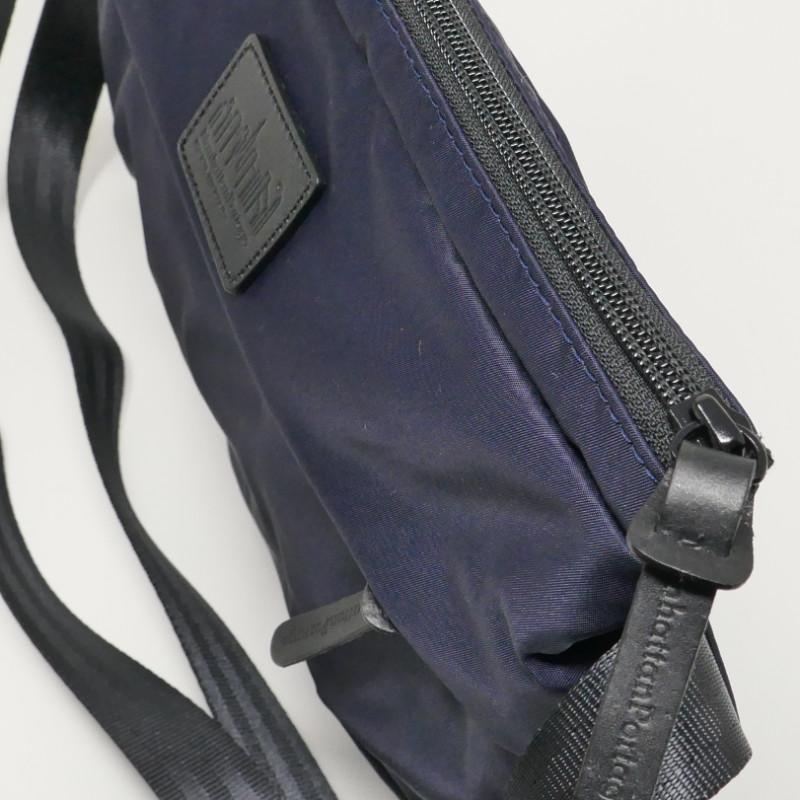 Manhattan Portage BLACK LABEL<br> /マンハッタンポーテージブラックレーベル<br> KENSINGTON SHOULDER BAG<br> MP1095TWBL<br> サコッシュ ネイビーブルー