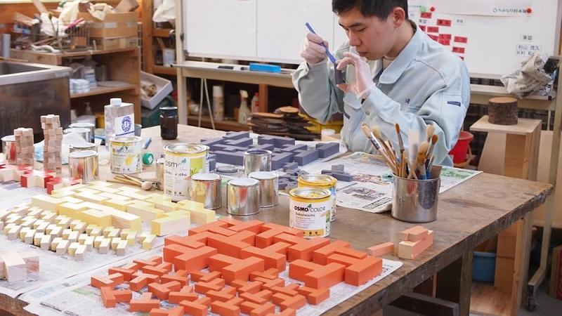 大人も楽しめる知育玩具 ブロックル(オイル仕上げ) 【かみなり村本舗】【納期約3〜5日】