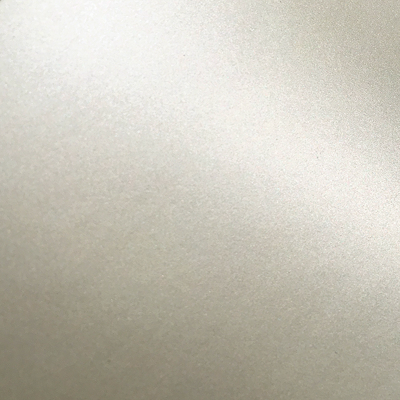 Metallic and Paerl Paint(メタリックカラー)<br>クォート缶:約0.9リットル(約5m&#178;相当/二度塗り)<br>