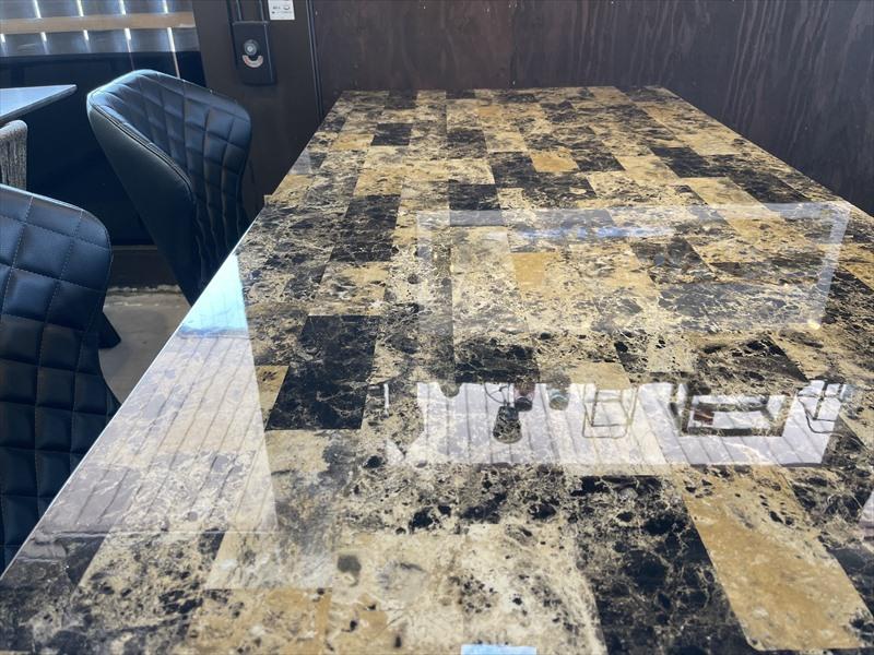 フレッド 180ダイニングテーブル