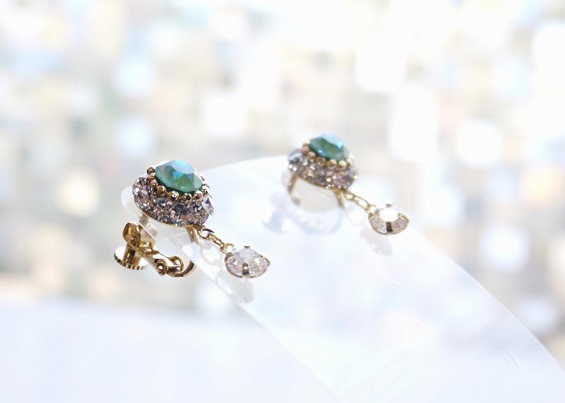 "〜Ballet Tiara Lotus〜 スワロフスキーイヤリング ""Esmeralda"""