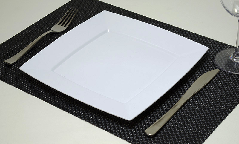 【プラスチックプレート プラスチック皿】Mozaik Classic プラスチック製 スクエアー プレート 24X24cm 8枚入り 【パーティー食器 四角 皿】