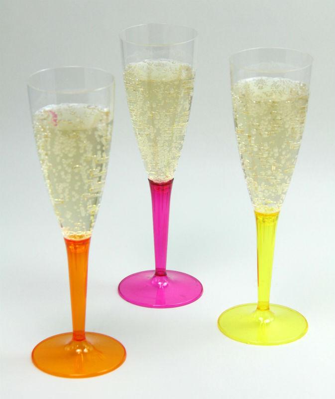 プラスチック・使い捨て シャンパングラス/ラズベリー、イエロー、オレンジ 各2個 計6個入り 115ml Mozaik