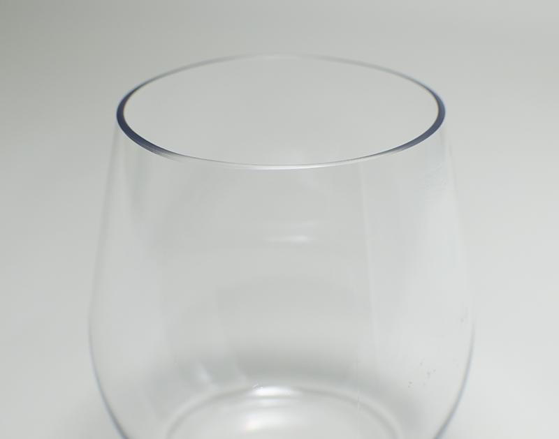 割れないからアウトドアで大活躍!Tritan(トライタン)ステムレス グラス 560ml