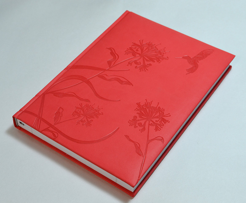【50%OFF】イタリア製 輸入 エンボスカバーのノートブック /レタープレス コーラル Pierre Belvedere