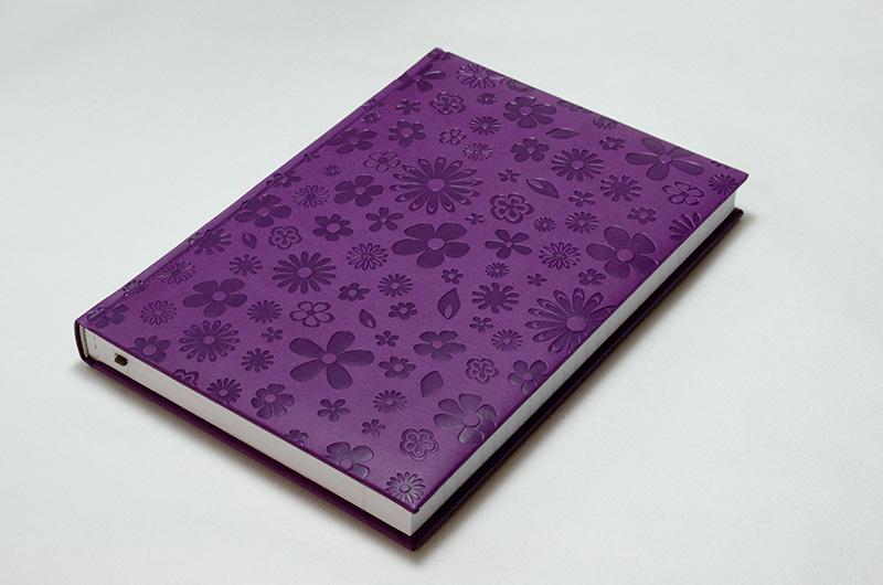 【50%OFF】イタリア製 輸入 エンボスカバーのノートブック /ブルーム パープル Pierre Belvedere