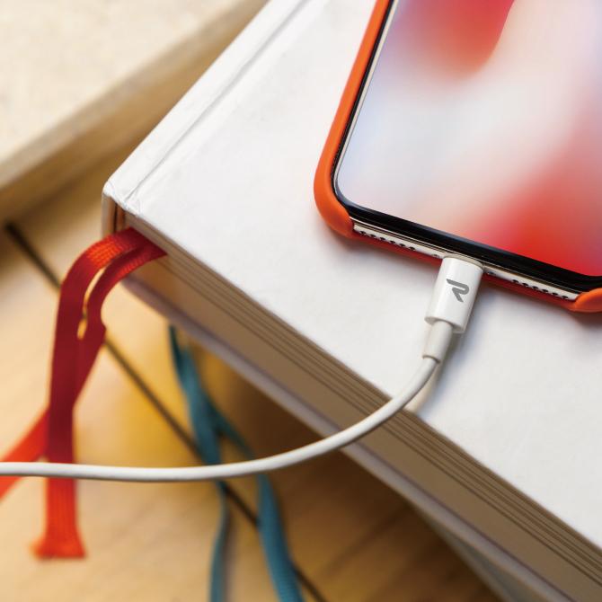 急速充電&同期ができるType-C to Lightningケーブル【1m】【White】【RAE01】【RAMPOW】【SG】