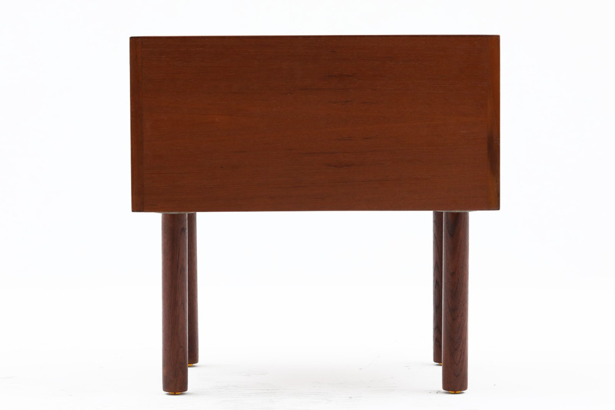 Hans J.Wegner(ハンス・J・ウェグナー) ベッドサイドテーブル チーク材 RY Mobler 北欧家具ビンテージ/DK11044